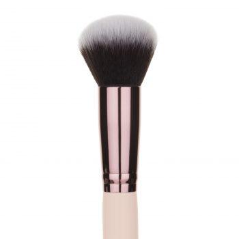 kabuki contour makeup brush