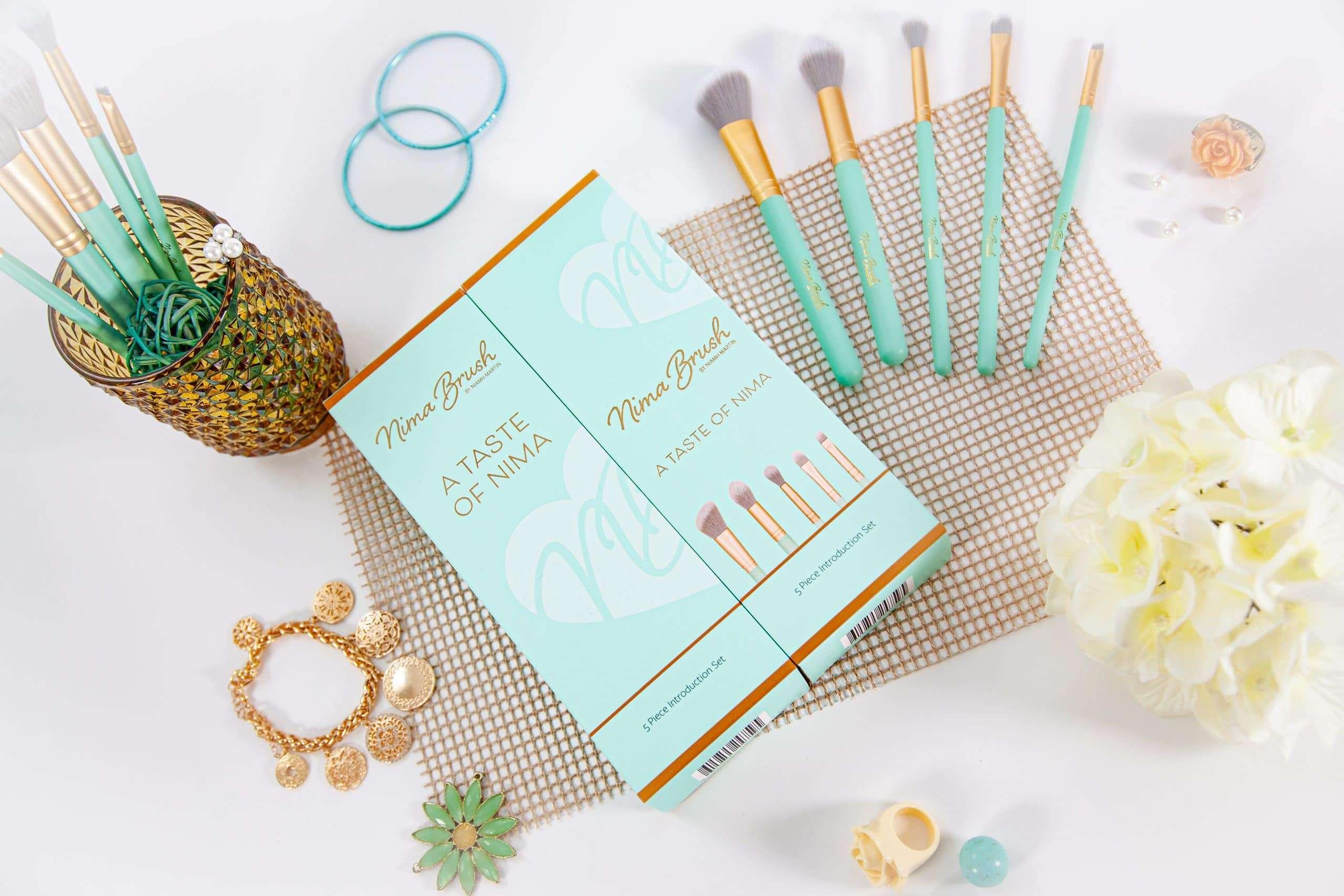 Affordable makeup brush set